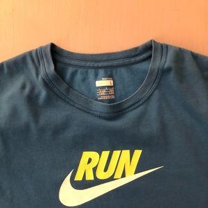 Nike run large